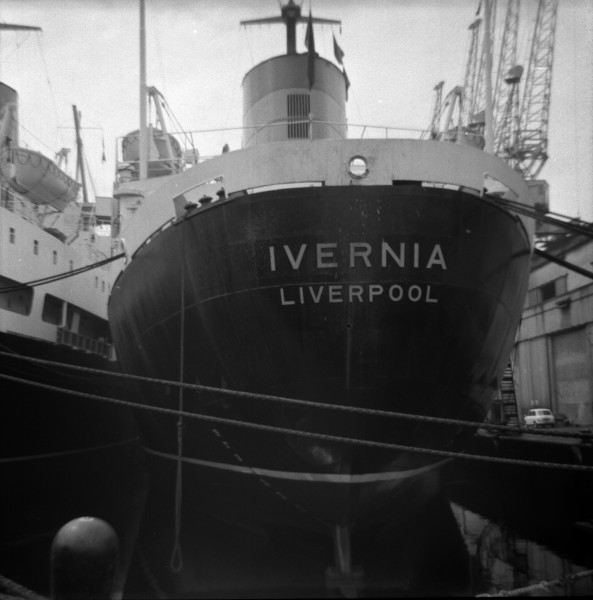image 42 - 'ivernia'(cunard) at liverpool