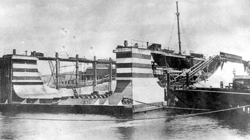 image c03217 ellesmere port drydock pontoon