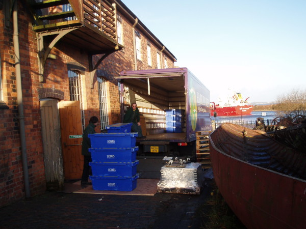 image unloading on slipway