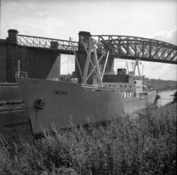 image 132 - 'irene' passing beneath latchford high level railway viaduct inward