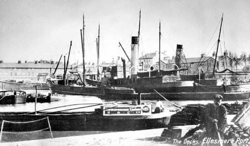 image c03226 ellesmere port basin looking toward porters row 1900's