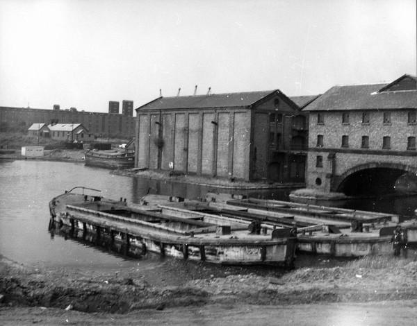 image ferro concrete barges 22 & 24 in ellesmere port lower basin c1950's