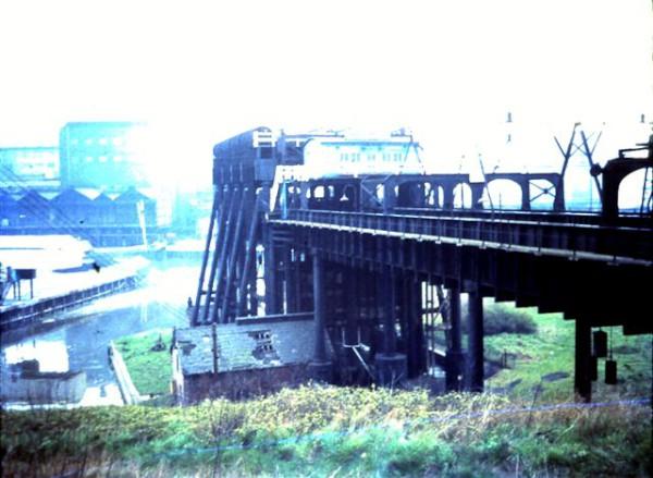 image crt-collinge-9 anderton boat lift