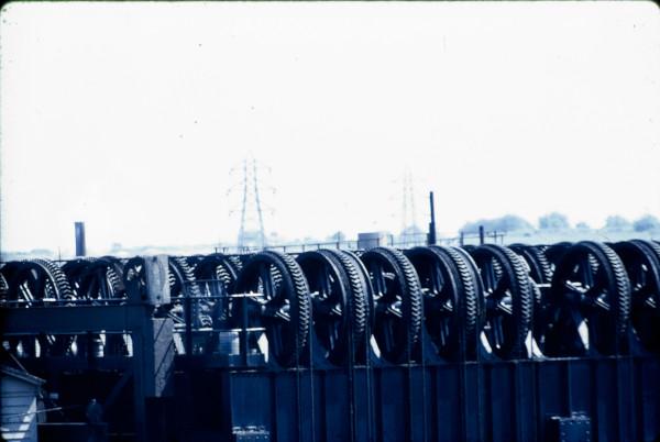 image BW197-2-21-35