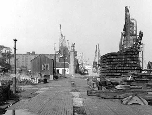 image c03269 shrop-union wharf & lighthouse 1960's