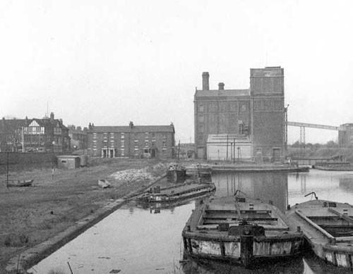 image c03248 ellesmere port basin 1960's